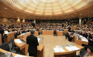 Le conseil régional de la nouvelle région Grand Est (ex-Alsace-Champagne-Ardenne-Lorraine) lors de l'élection de son président Philippe Richert.