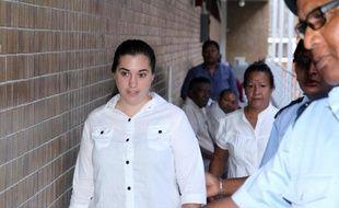 La Française Aurore Gros-Coissy arrive au tribunal de Port Louis où elle est jugée pour trafic de drogue, le 18 septembre 2014