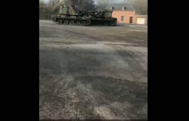 Les chars filmés à Guise.