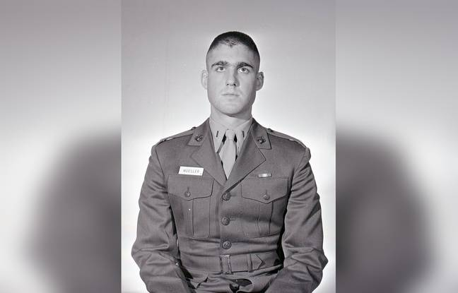 Le lieutenant Robert Mueller en 1968, avant son départ pour le Vietnam.