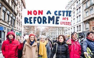 Une manifestation d'enseignants contre la réforme du lycée, le 24 janvier 2019 à Lyon;