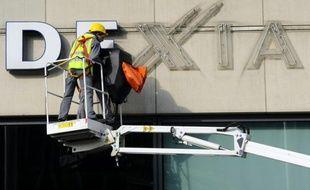 Le logo de Dexia sur un bâtiment à Bruxelles, le 27 février 2012