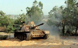 Affrontements armés entre milices rivales le 17 août 2014 autour de l'aéroport international de Tripoli