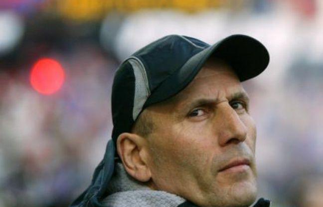 Elie Baup, l'entraîneur du FC Nantes, regrette de ne pas avoir pesé dans le débat sur la grève des joueurs de Ligue1.