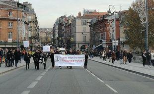 Des élèves du lycéen Stéphane-Hessel à Toulouse, lors de la manifestation du 5 décembre 2019.