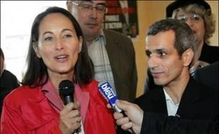 Ségolène Royal, présidente (PS) de la région Poitou-Charentes, a apporté mercredi à Angoulême son soutien à Malek Boutih, candidat investi par le PS dans le 4e circonscription de Charente, menacé par une candidature dissidente socialiste.