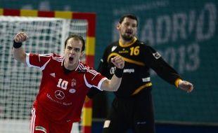 La Hongrie et la Pologne ont ajouté leur nom à la liste des pays qualifiés pour les 8e de finale du Mondial messieurs de handball, jeudi en Espagne.