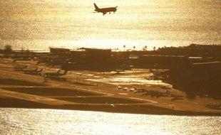 Un avion sur le point d'atterrir à l'aéroport de Nice en janvier 2016.