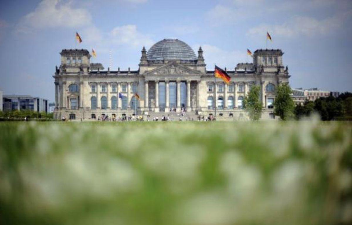 Le Bundestag, chambre basse du parlement allemand, a approuvé vendredi à une large majorité le pacte budgétaire européen. – Barbara Sax afp.com