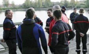Recherches au lac de la Porte-de-France.