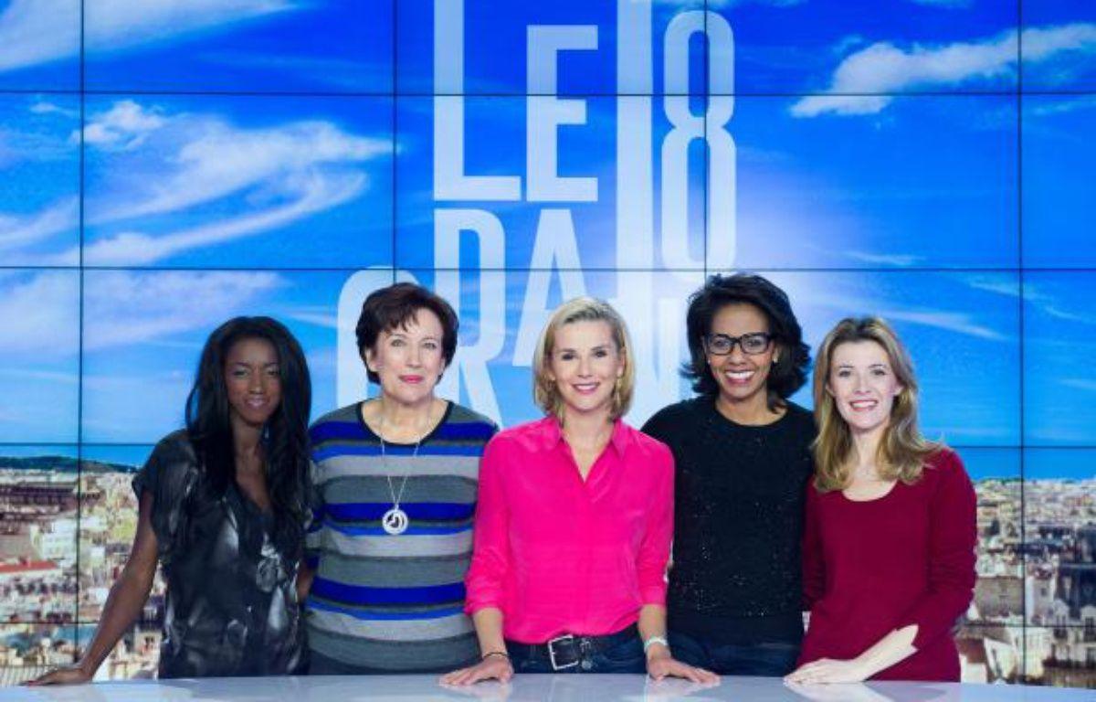 """Hapsatou Sy, Roselyne Bachelot, Laurence Ferrari, Audrey Pulvar et Elisabeth Bost, les cinq chroniqueuses du """"Grand 8"""", émission diffusée du lundi au vendredi à 10h50 sur D8.   – Augustin Detienne/D8"""