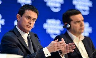 Les Premiers ministres français Manuel Valls et grec Alexis Tsipras le 21 janvier 2016 à Davos