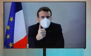 Emmanuel Macron est confiné à la Lanterne et continue de travailler en visioconférence, le 17 décembre 2020.
