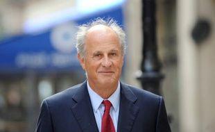 L'ex-gestionnaire de fortune de Liliane Bettencourt, Patrice de Maistre, 63 ans, a été remis en liberté lundi après 88 jours de détention provisoire, contre le versement d'une caution de 2 millions d'euros, prévu par son contrôle judiciaire, a annoncé le parquet de Bordeaux.