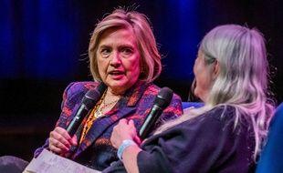 Hillary Clinton est à Londres pour la promotion de son dernier livre, le 10 novembre 2019.