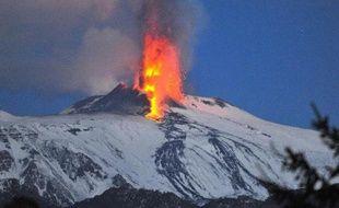 """L'Unesco a inscrit vendredi au patrimoine mondial le volcan italien Etna, l'un des volcans """"les plus emblématiques et les plus actifs du monde""""."""