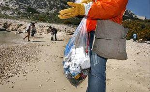 A Martigues, les habitants sont invités à une grande virée nettoyage au bord de l'eau.