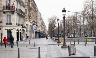 A Paris, le 17 mars 2020, lors du premier jour de confinement général dans la ville désertée, à la suite de la crise du corovirus.