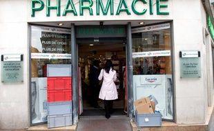 Une pharmacie à Paris en 2009.