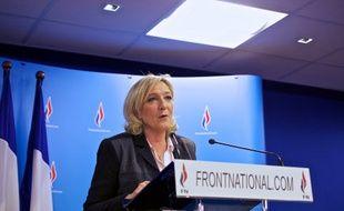 Marine Le Pen donne une conférence de presse à Nanterre après les résultats du second tour des municipales, le 30 mars 2014.