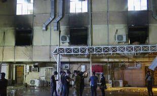 Un incendie dans un hôpital de Bagdad a fait au moins 23 morts le 24 avril 2021.