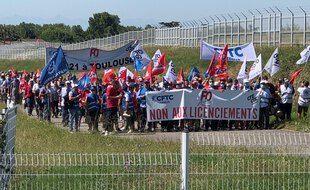 Lors d'une manifestation des salariés contre le plan de réductions des effectifs dans le cadre de la crise sanitaire.