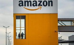 Un site d'Amazon à Lauwin-Planque dans le nord de la France le 11 avril 2015