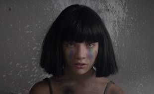 La chanteuse Sia a dévoilé le 5 septembre 2016 son nouveau clip accompagnant le single « The Greatest », en collaboration avec le rappeur Kendrick Lamar. La vidéo semble être un hommage aux 49 personnes ayant perdu la vie le 12 juin dernier lors d'une tuerie dans une boîte de nuit à Orlando (Etats-Unis).