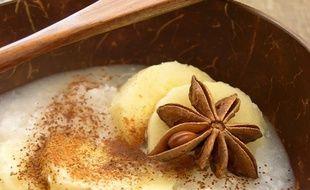 Crème exotique à la banane, parfum de badiane, une recette crudivore festive de Valérie Cupillard.