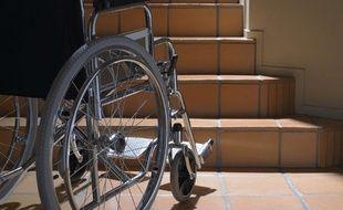 Photo d'illustration de la nécessité d'avoir un ascenseur pour une personne handicapée