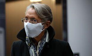 La ministre du Travail, Elisabeth Borne, à Trappes le 30 novembre 2020.