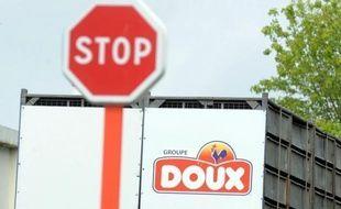 Les salariés du groupe volailler Doux, en grande difficulté financière, seront fixés sur leur sort le 6 juillet, au lendemain du dépôt des offres de reprise au tribunal de commerce de Quimper, ont annoncé les syndicat vendredi à l'issue d'un comité central d'entreprise.