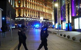 Une enquête a été ouverte pour «appartenance à un groupe prévoyant de multiples meurtres».