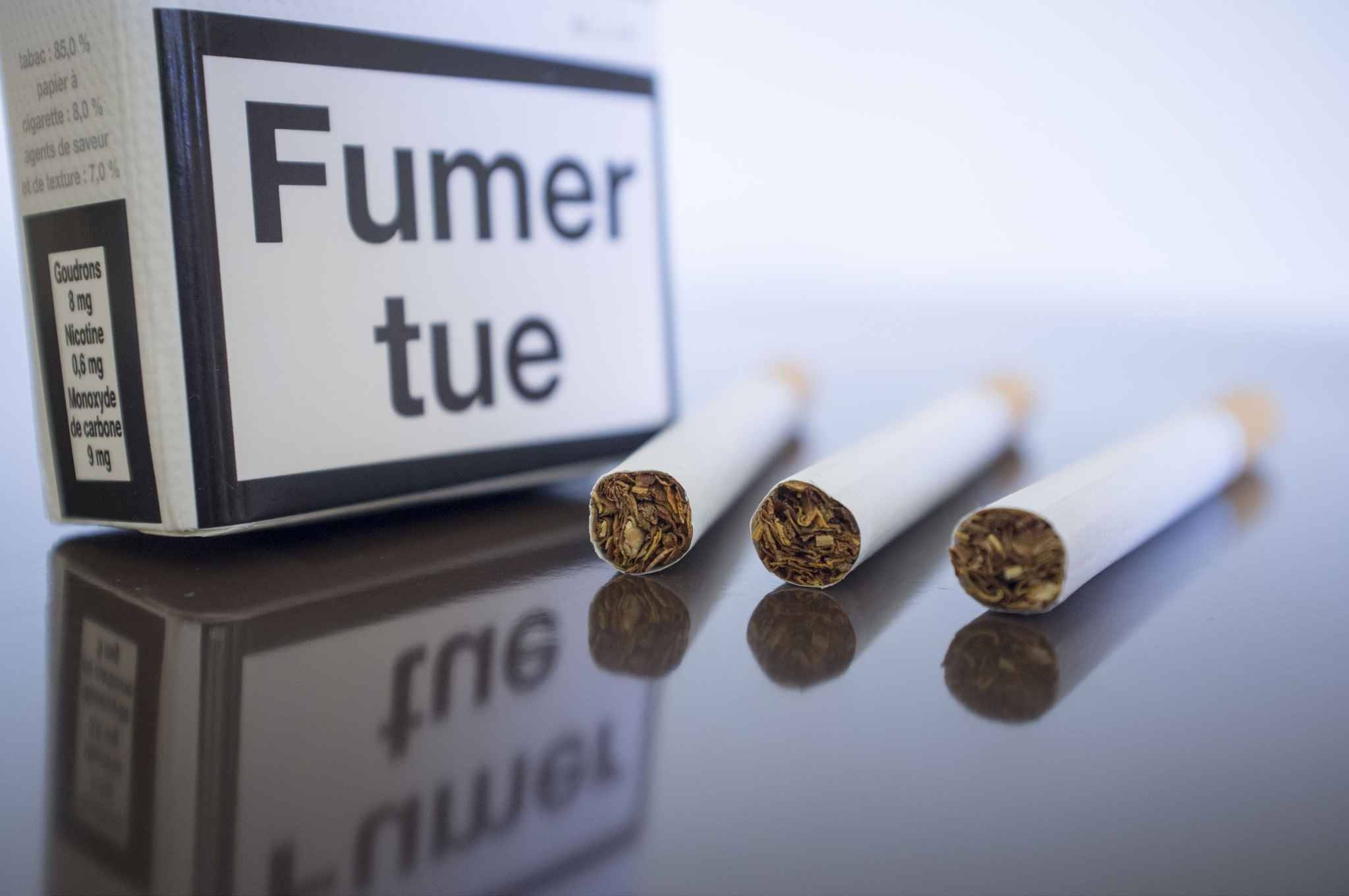 le s nat ne veut pas du paquet de cigarettes neutre. Black Bedroom Furniture Sets. Home Design Ideas