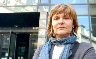 Sylvie Uderzo devant le Conseil des prud'hommes de Paris, le 16 mars 2009.
