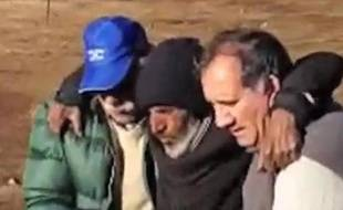 Un Uruguayen miraculé des Andes, prisonnier de la neige pendant quatre mois et retrouvé dimanche, était sur le point de devenir un héros avant qu'il ne soit rattrapé par des accusations de pédophilie.