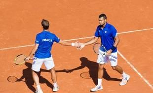 Tsonga et Gasquet en double lors de France-République Tchèque en Coupe Davis à Roland-Garros, le 13 septembre 2014.