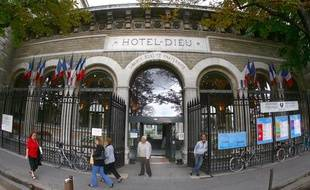 L'Hotel-Dieu à Paris.