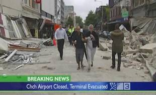 Des victimes du tremblement de terre qui a frappé Christchurch,  en Nouvelle-Zélande, le 22 février 2011.