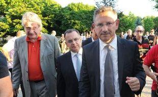 Le Parti socialiste, qui enchaîne les défaites aux élections législatives partielles, cherchait lundi des explications à son élimination au premier tour dans le Lot-et-Garonne, entre séisme Cahuzac, désunion de la gauche pour certains, ou encore montée du FN, avec au bout du compte une finale UMP-FN dans l'ex-fief de l'ancien ministre.