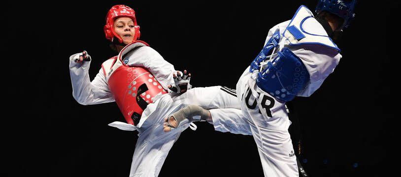 Magda Wiet-Hénin (de face) lors des Mondiaux de taekwondo à Manchester, en 2019.