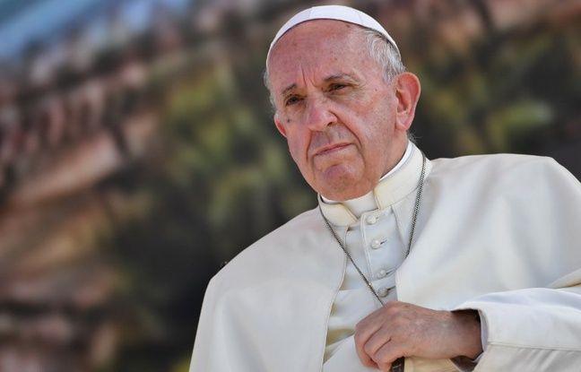 nouvel ordre mondial | Pédophilie dans l'Église: Le pape révoque deux évêques chiliens soupçonnés agressions sexuelles sur mineurs
