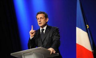 Nicolas Sarkozy lors de son meeting de Saint-Just-Saint-Rambert (Loire), le 8 mars 2012.