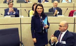 Christelle Morançais, quelques secondes après son élection à la présidence des Pays de la Loire, jeudi 19 octobre 2017.