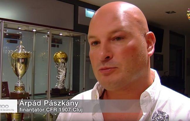 Arpad Paszkany a investi beaucoup d'argent dans le club du CFR Cluj, contribuant à son ascension rapide.
