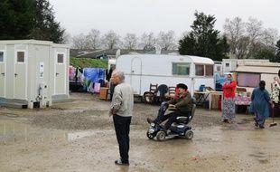 Un site équipé et mis à disposition des familles roms quartier Atout-sud à Rezé.