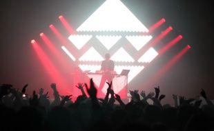 Le DJ Madeon ici en 2012 aux Trans Musicales de Rennes.
