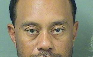 Tiger Woods a été arrêté pour conduite sous influence
