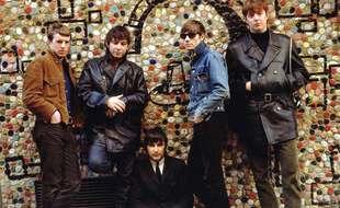John Steel Eric Burdon, Dave Rowberry, Hilton Valentine et Chas Chandler du groupe The Animals en 1960
