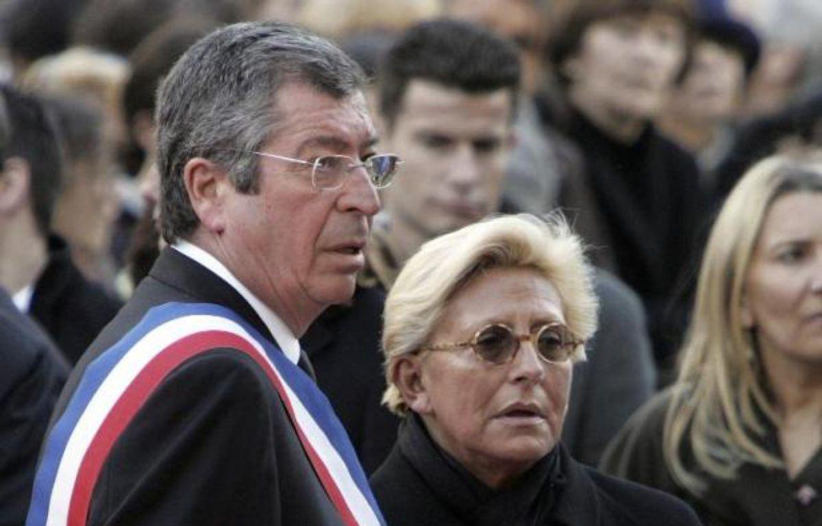 Le maire de Levallois-Perret Patrick Balkany et sa femme Isabelle à Levallois-Perret, le 2 mars 2009 – Remy de la Mauviniere Pool